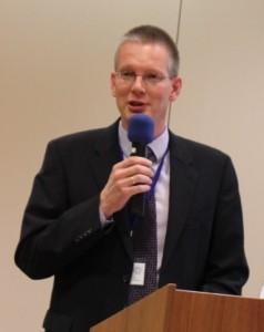 Dipl.-Ing. Rainer Trauernicht, 2. Vorsitzender des Bundesverband Wintergarten, Versammlungsleiter auf der Jahrestagung 2014, Dresden